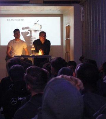 """Artikel: """"Pass.Worte"""" beim VfB"""